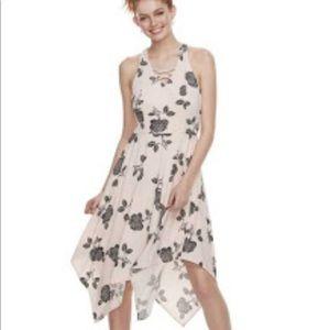 Juniors' Lace-Up Handkerchief Maxi Dress